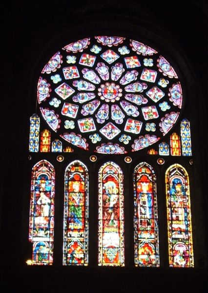 Chartres-stained-glass-window